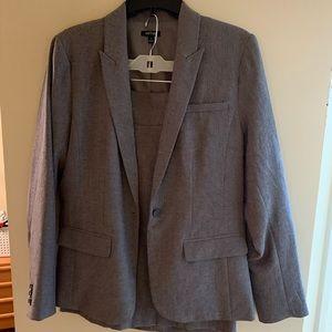 Apt 9 Suit